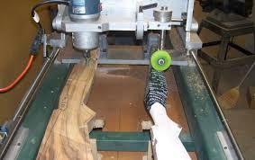 Фрезерно-копировальный станок для изготовления деревянной части ружья