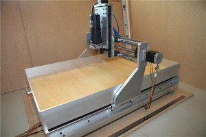 Оборудование для фрезерной обработки из алюминиевой рамы