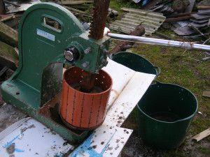 Самодельный пресс для изготовления топливных брикетов