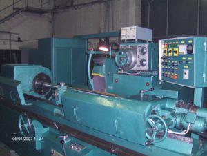 Круглошлифовальный станок 3М152